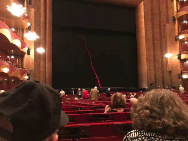 Metropolitan Opera House - Lincoln Center, secção: ORCL, fila: X, lugar: 11 And 13