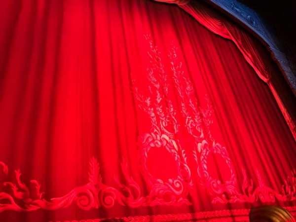 Hudson Theatre, secção: Orchestra C, fila: A, lugar: 101 And 102