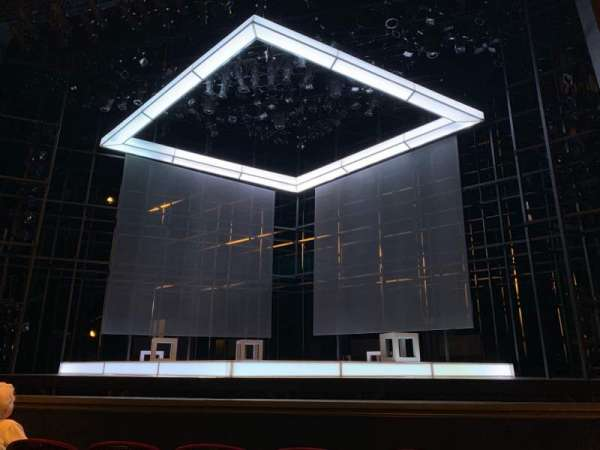Walnut Street Theatre, secção: ORCC, fila: E, lugar: 101 And 102