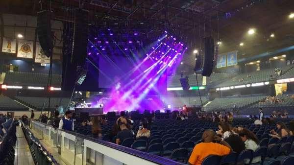 Allstate Arena, secção: 102, fila: BB, lugar: 12