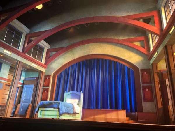 Coca-Cola Stage at Alliance Theatre, secção: Lower Orch, fila: A, lugar: 118