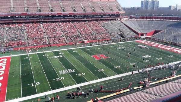 SHI Stadium, secção: 211, fila: 3, lugar: 7