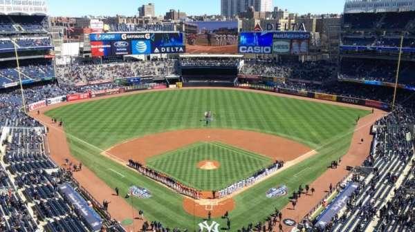 Yankee Stadium, secção: 420B, fila: 5, lugar: 10