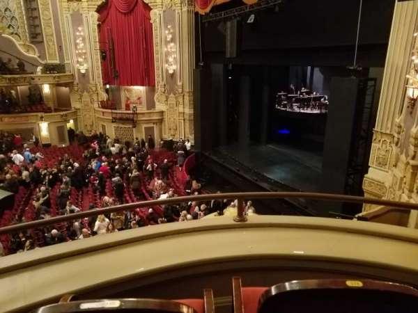 James M. Nederlander Theatre, secção: Loge - Box 2, fila: A, lugar: 374