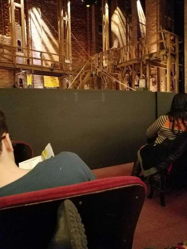 CIBC Theatre, secção: ORCH-L, fila: D, lugar: 3