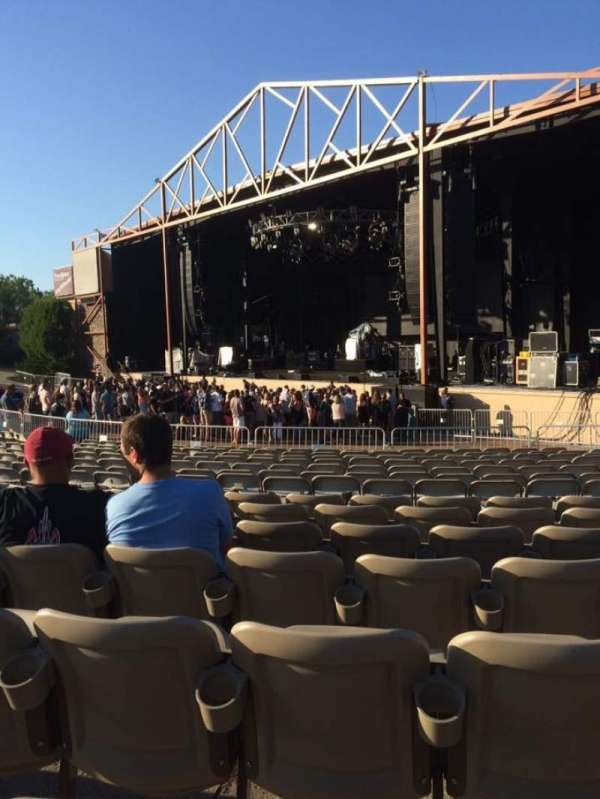 Providence Medical Center Amphitheater, secção: Lower 2, fila: BB