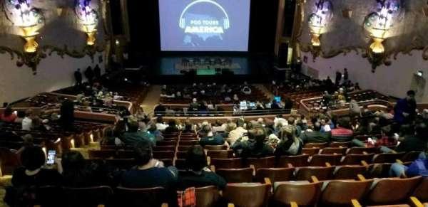 Crest Theatre, secção: UpprBalC, fila: RR, lugar: 111