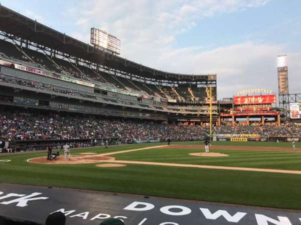 Guaranteed Rate Field, secção: 125, fila: 8, lugar: 6