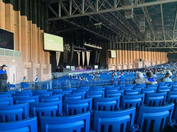 Sunlight Supply Amphitheater, secção: 207, fila: F, lugar: 28
