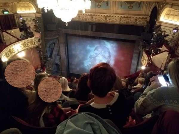Queen's Theatre, secção: Upper Circle, fila: F, lugar: 5