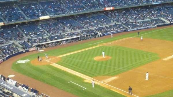 Yankee Stadium, secção: 312, fila: 1, lugar: 1