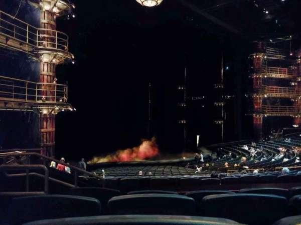 KÀ Theatre - MGM Grand, secção: 201, fila: EE, lugar: 2