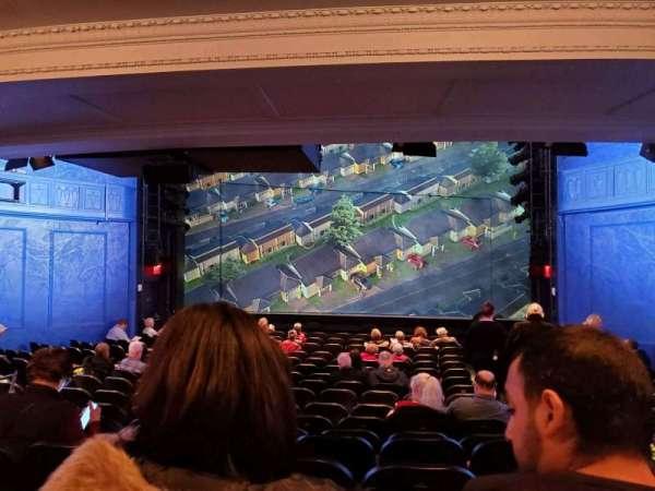 Hayes Theater, secção: Orchestra C, fila: R, lugar: 101