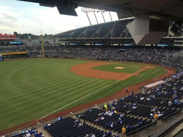 Kauffman Stadium, secção: 301