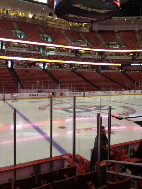 Honda Center, secção: 210, fila: F, lugar: 8