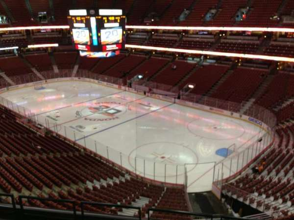 Honda Center, secção: 428, fila: E, lugar: 3