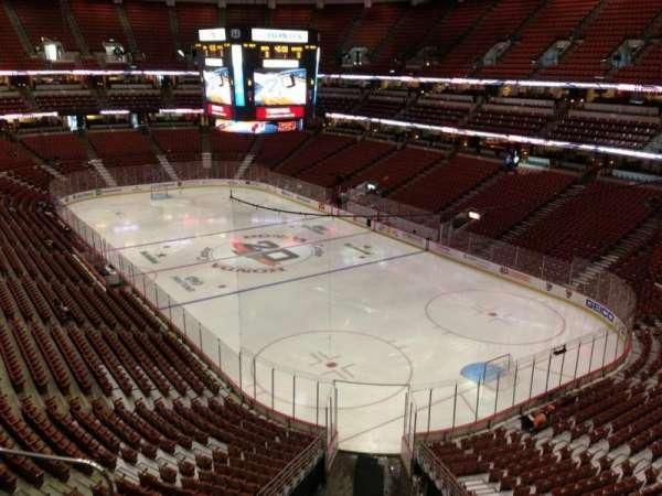 Honda Center, secção: 427, fila: C, lugar: 14