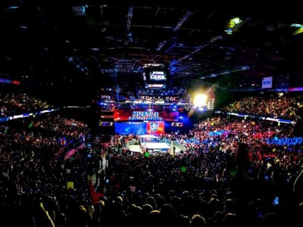 Allstate Arena, secção: 215, fila: L, lugar: 18