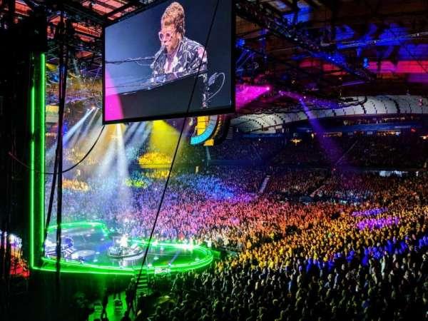 Allstate Arena, secção: 205, fila: B, lugar: 1