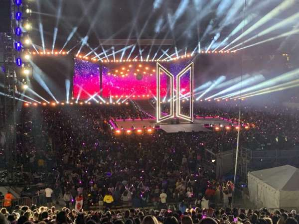 MetLife Stadium, secção: 128, fila: 31, lugar: 14