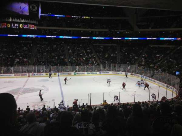 Xcel Energy Center, secção: 116, fila: 22, lugar: 4