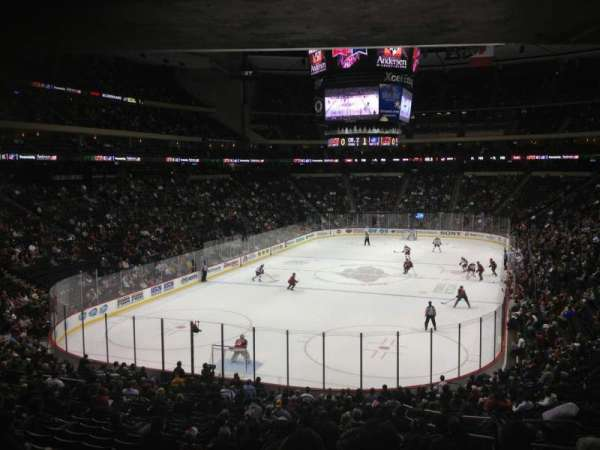 Xcel Energy Center, secção: 122, fila: 18, lugar: 6