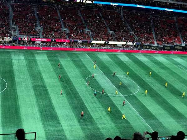 Mercedes-Benz Stadium, secção: 342, fila: 9, lugar: 23