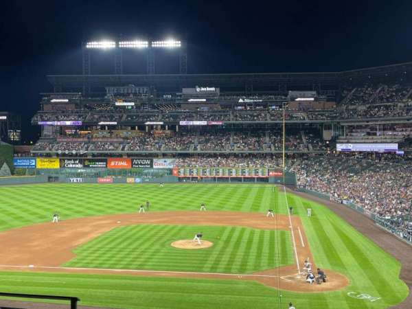 Coors Field, secção: 235, fila: 4, lugar: 13