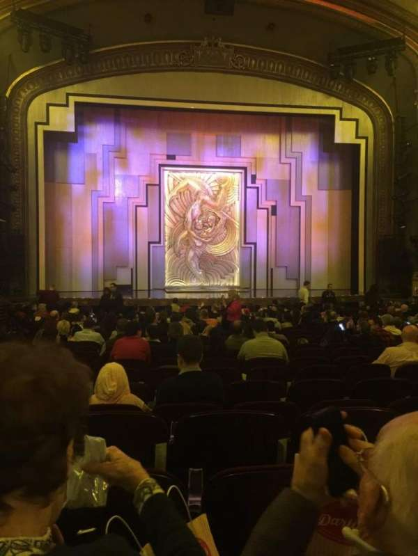 Lyric Theatre, secção: ORCH, fila: T, lugar: 104