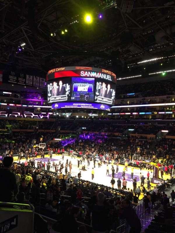 Staples Center, secção: Pr11, fila: 5, lugar: 5