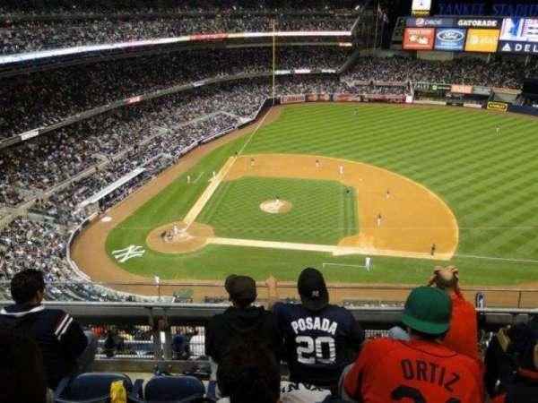 Yankee Stadium, secção: 416, fila: 4, lugar: 11