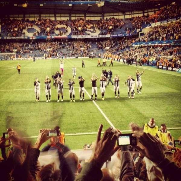 Stamford Bridge, secção: Shed End Lower 3, fila: Away Section