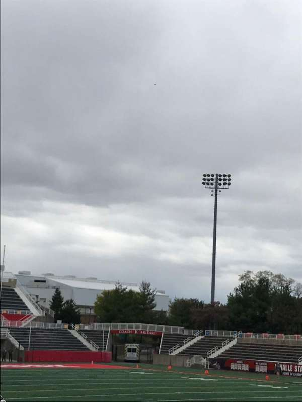 Kenneth P. LaValle Stadium, secção: 102, fila: H, lugar: 2