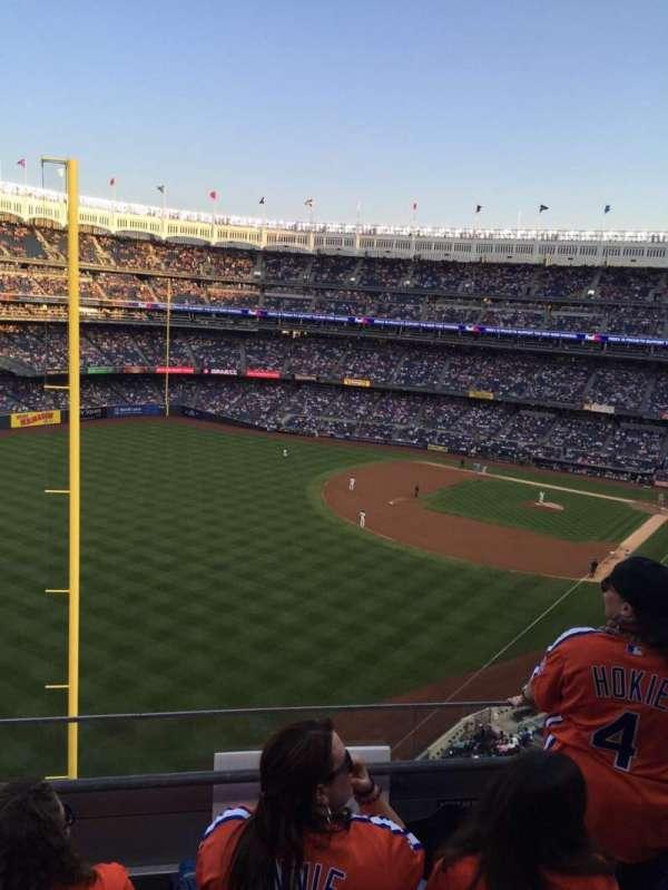 Yankee Stadium, secção: 332a, fila: 3, lugar: 7