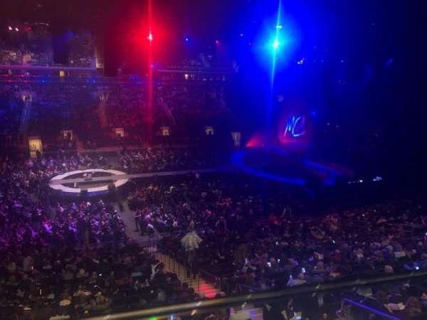 Madison Square Garden, secção: 210, fila: 1, lugar: 16