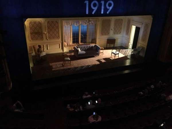 American Airlines Theatre, secção: Mezzanine, fila: A, lugar: 130