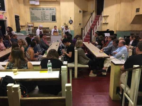 Barrow Street Theatre, secção: Orchestra, fila: J
