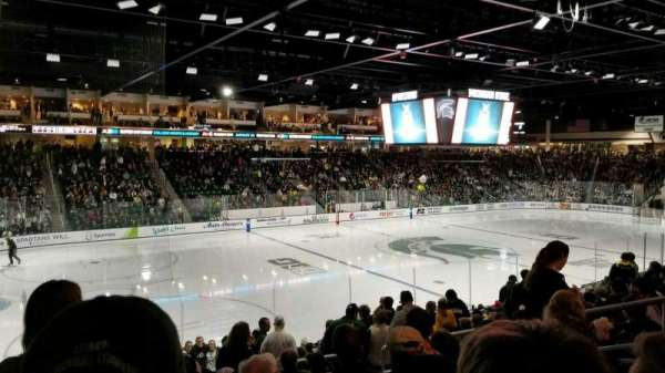 Munn Ice Arena, secção: L, fila: 17, lugar: 10