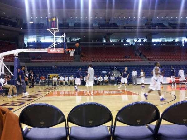 Auburn Arena, secção: G, fila: 1