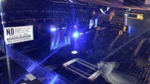 Madison Square Garden, secção: 326, fila: 1, lugar: 24
