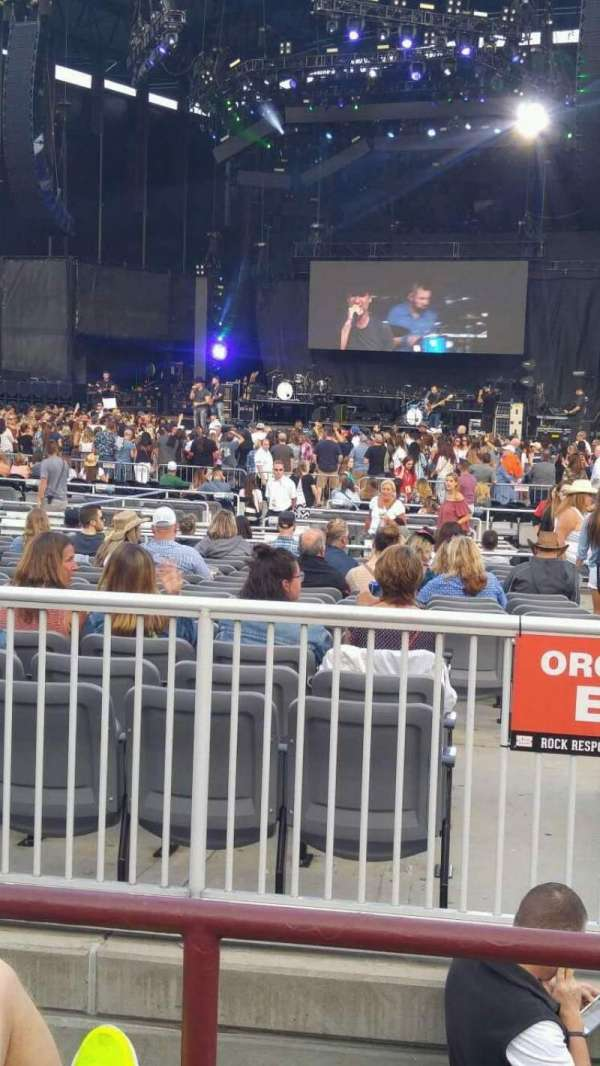 Jones Beach Theater, secção: 5L, fila: C, lugar: 5