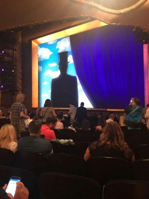 Lunt-Fontanne Theatre, fila: Q, lugar: 16