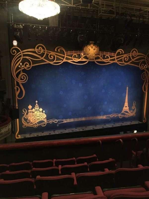 Broadhurst Theatre, secção: Mezzanine L, fila: F, lugar: 7