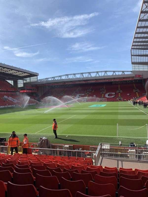 Anfield, secção: 123, fila: 15, lugar: 46