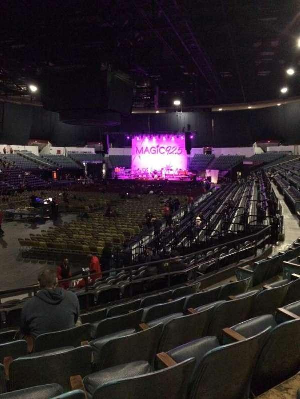 Pechanga Arena, secção: L17b, fila: 6, lugar: 8