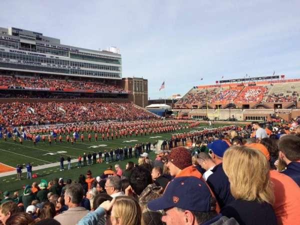 Memorial Stadium (Champaign), secção: 109, fila: 32, lugar: 20