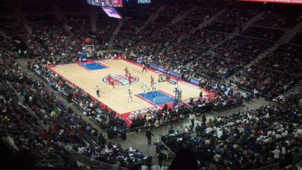 The Palace of Auburn Hills, secção: 226, fila: 10, lugar: 2
