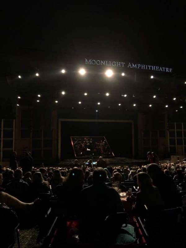 Moonlight Amphitheatre, secção: Mezzanine, fila: A, lugar: 1