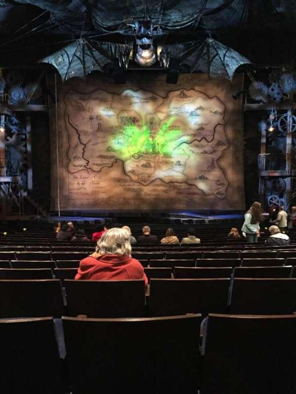 Gershwin Theatre, secção: Orchestra C, fila: O, lugar: 109