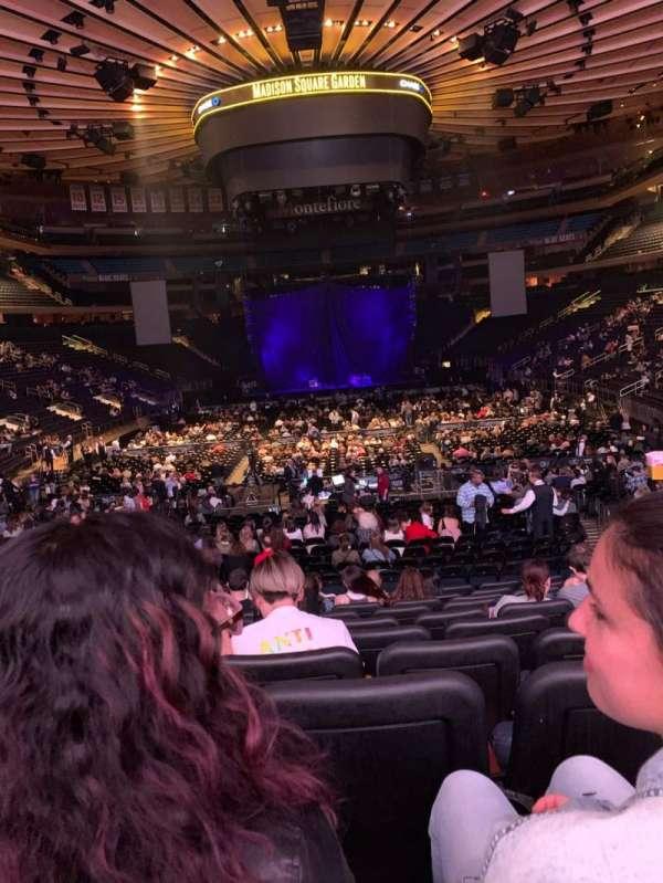 Madison Square Garden, secção: 102, fila: 15, lugar: 11